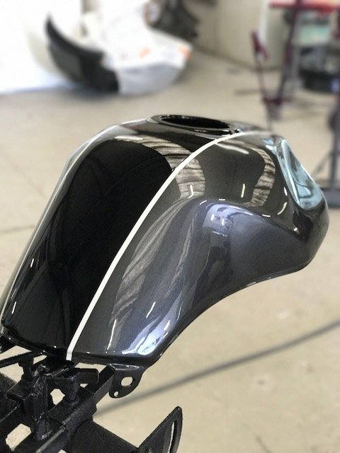 Suzuki Motorbike top fuel tank repair