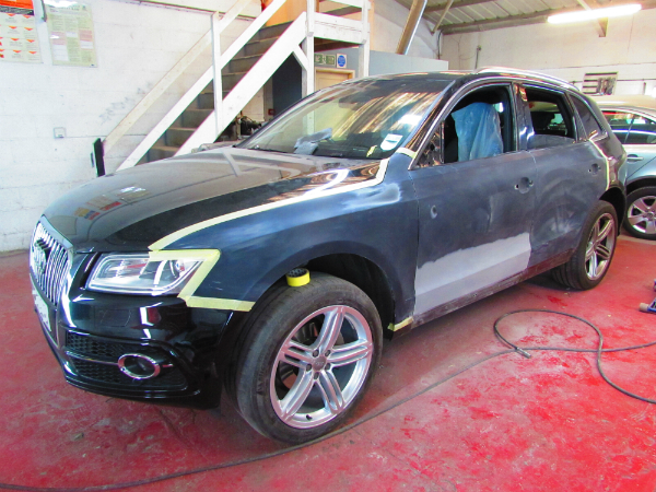 Audi Q5 side body repair