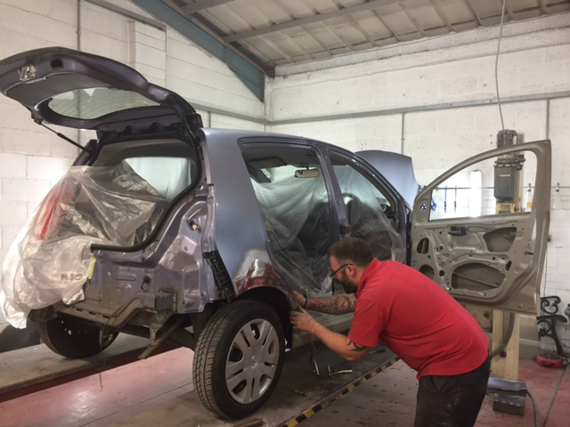Exeter Nissan car body repair